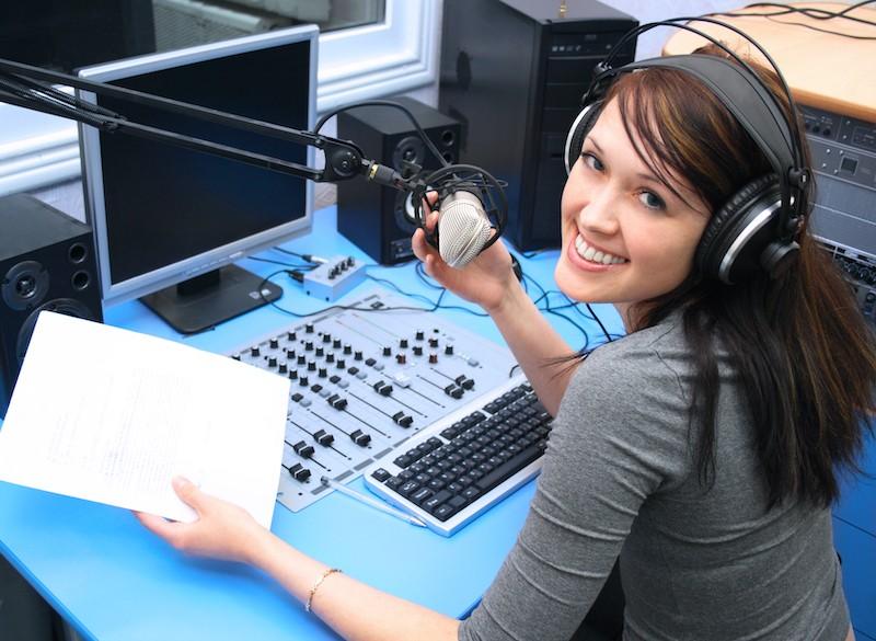 bayside voice centre radio announcer